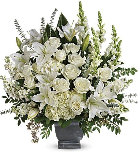 T281 4B - Teleflora's True Horizon Bouquet